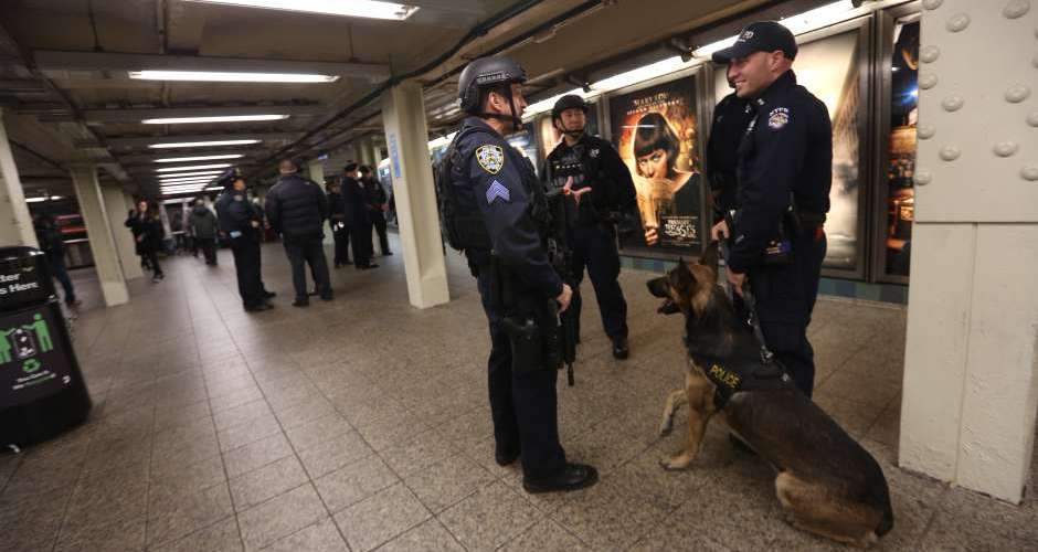 Amplían seguridad tras ataque en Londres
