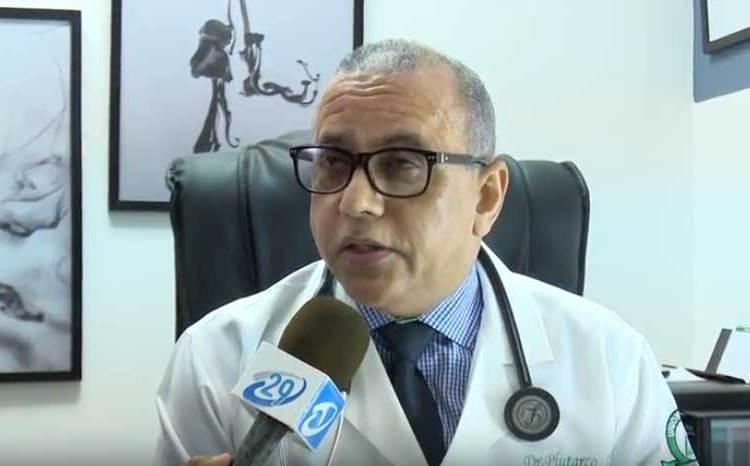 Ministro Salud Pública afectado por covid-19