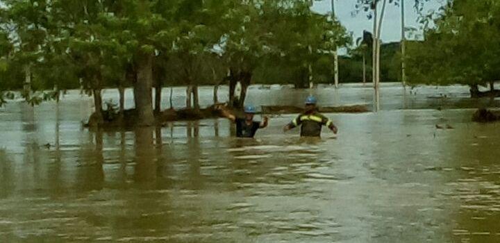 Edenorte suspende servicio por inundaciones