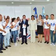 Navarro resalta la Revolución Educativa