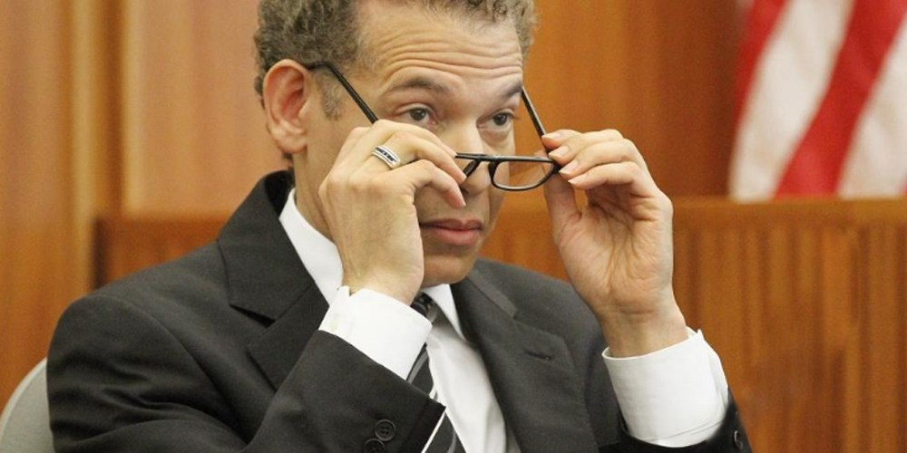 Juez condenado pide anulen decisión