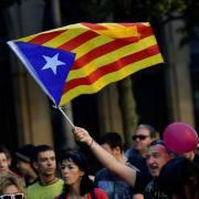 Secesionistas Cataluña presionan a su líder