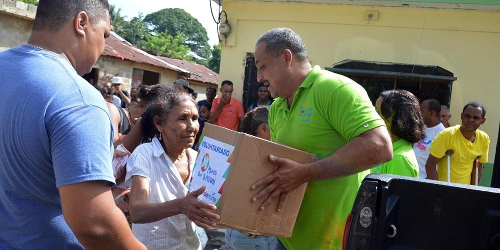 Edenorte ayuda afectados por huracanes
