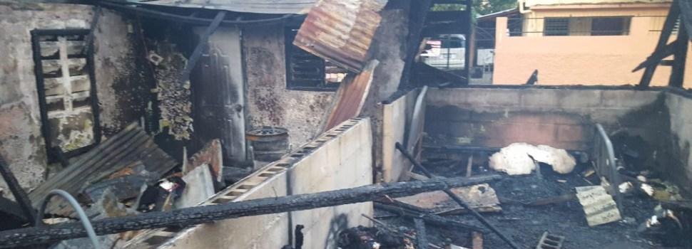 Incendio consume cuatro viviendas