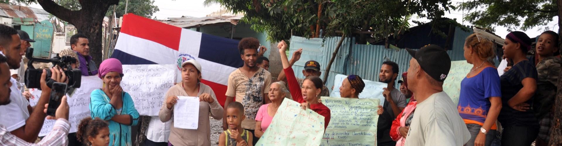 Protestan contra posible desalojo