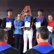 Navarro hace exhortación a beisbolistas