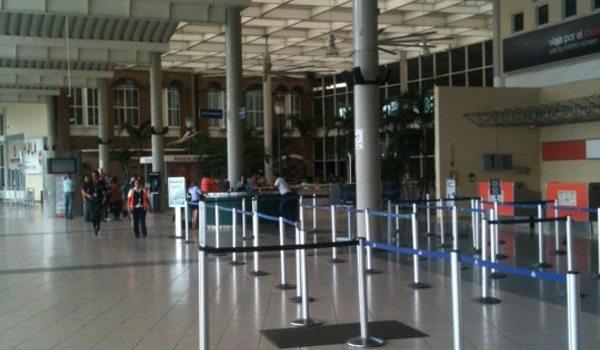 Sigue demora de vuelos desde Santiago por nevada EE.UU.