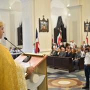 Obispo cita factores adversos a nación