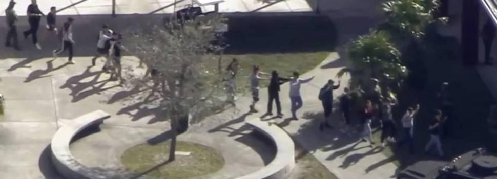 Tirador ataca a tiros estudiantes secundarios