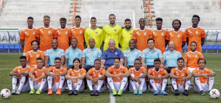 Equipo fútbol hacia Guadalajara