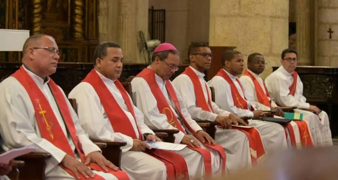 "Iglesia arremete contra ""falsos nacionalistas"""