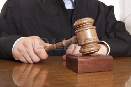 Prisión preventiva acusados asaltar sucursal bancaria