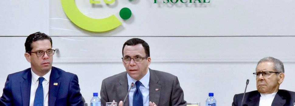 Navarro plantea fórmula Ley Educación