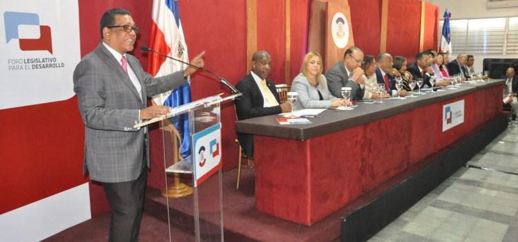 Rubén Maldonado asume compromisos
