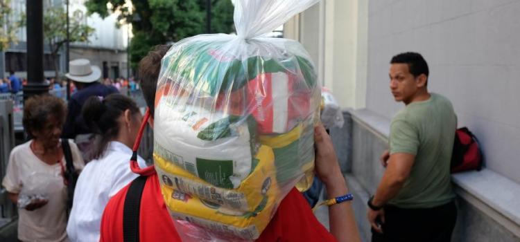 De mal en peor economía venezolana