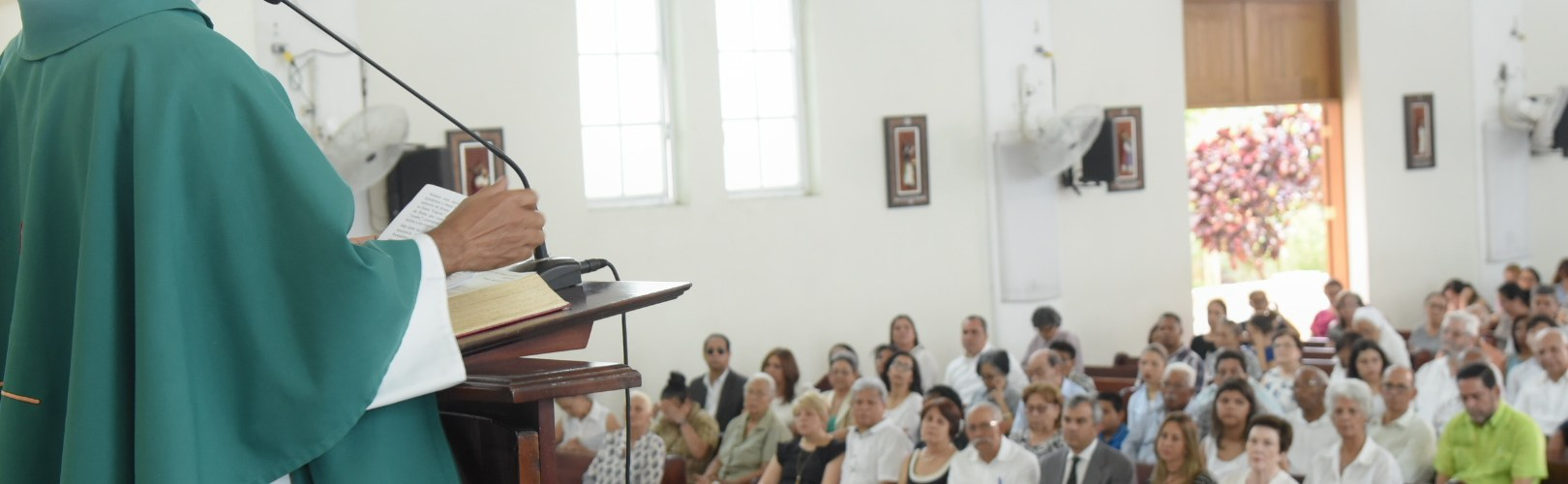 Recuerdan aniversario suicidio de Guzmán