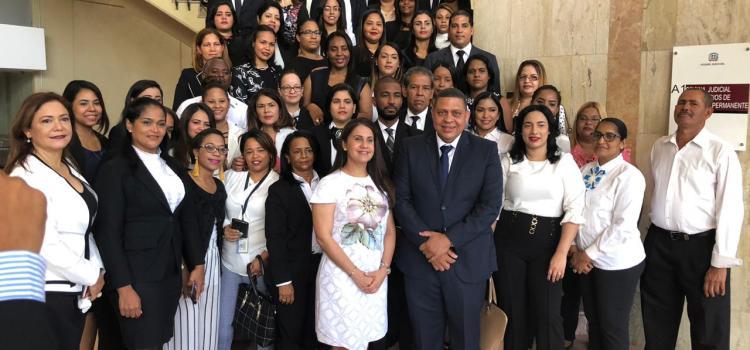 Asume funciones nuevo fiscal de Santiago