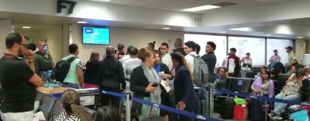 Desvían vuelo JetBlue venía desde NY