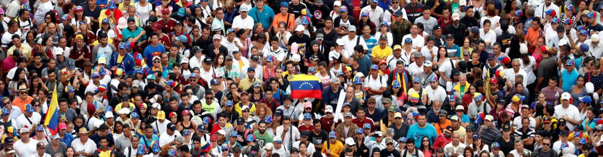 Oposición venezolana se hace sentir en calles