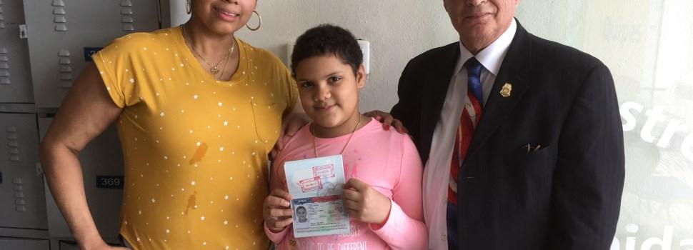 Consulado EE.UU. renova visa niña enferma