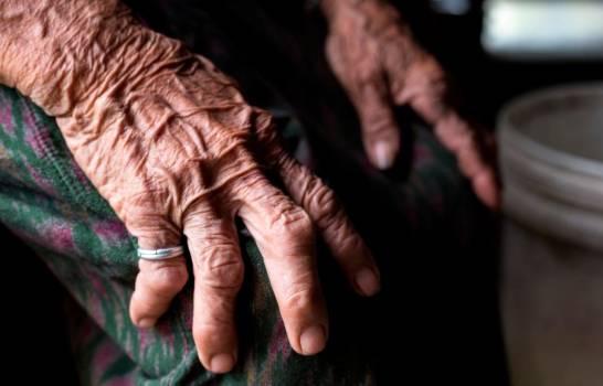 Mueren ancianos en asilo con coronavirus