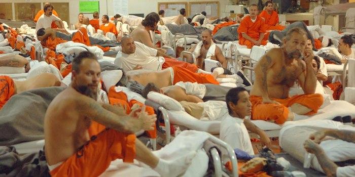 Liberan presos, entre ellos dominicanos, por virus