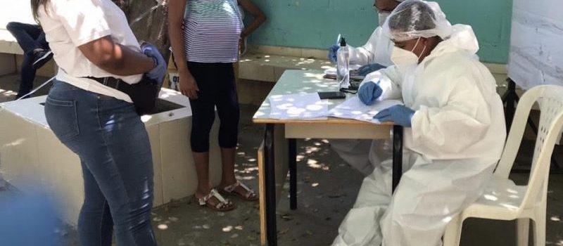 Detectan en Santiago Oeste más de 300 casos covid-19