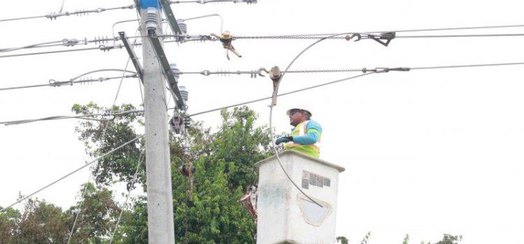 Sectores de Moca sin luz por trabajo eléctrico