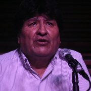 Evo Morales celebra el triunfo de Arce