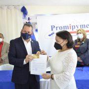 Distribuyen 8 millones pesos entre empresarios Promipyme