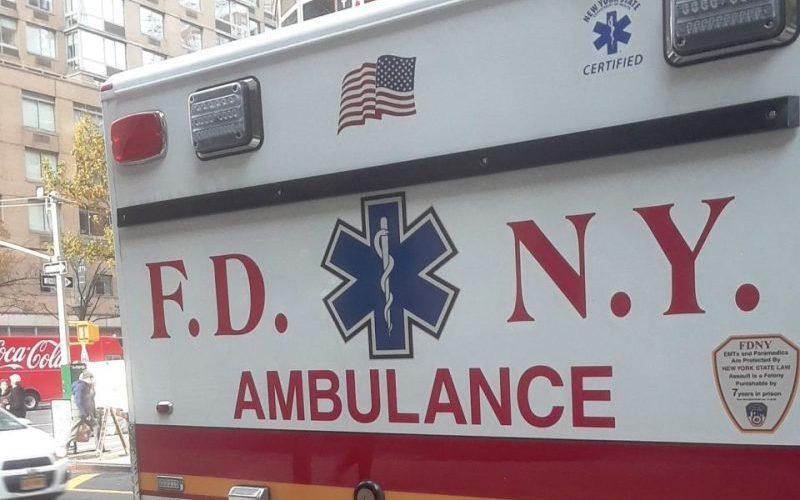 Madre salta con hija desde piso 12 de edificio y se matan