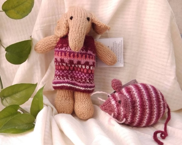 Handmade toy made in india handknitted stuff toy animal toy tiger elephant bunny