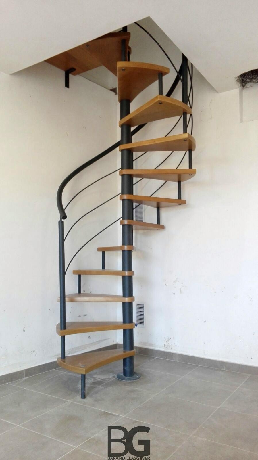 Escaleras de caracol medidas cheap toma medidas with for Escalera caracol medidas