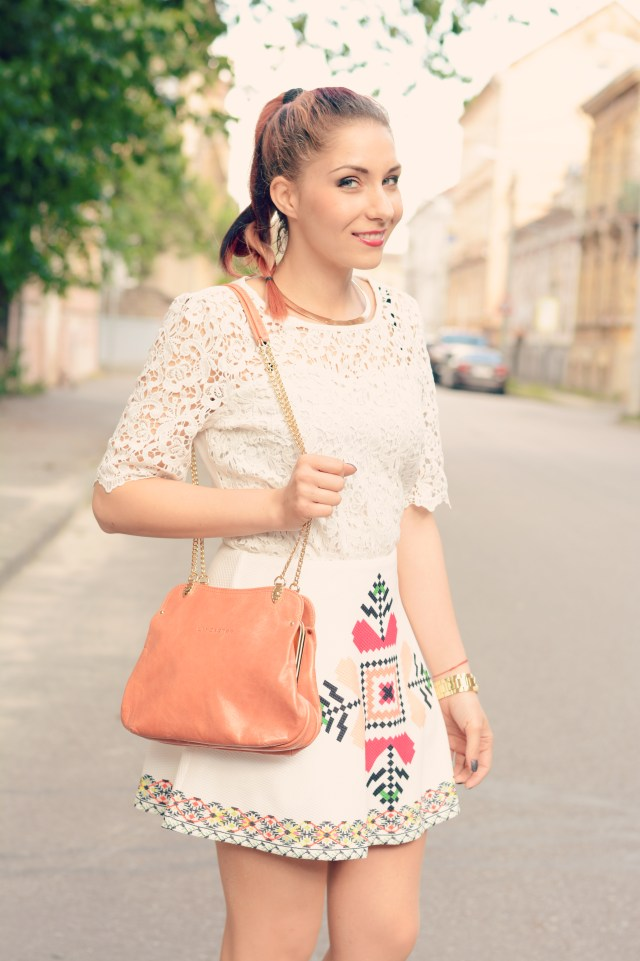 lace ethnic print skirt