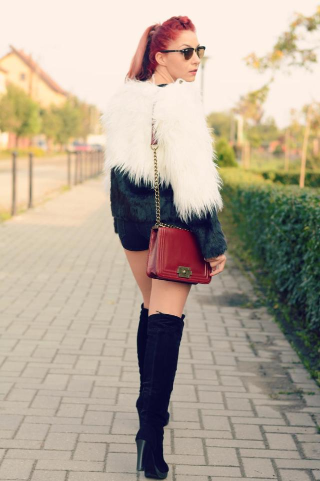 knee high boots fur jacket