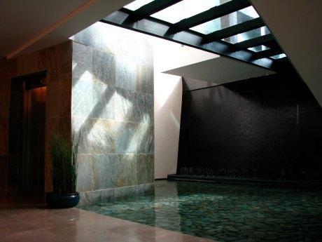 Portico-Glass_bridge