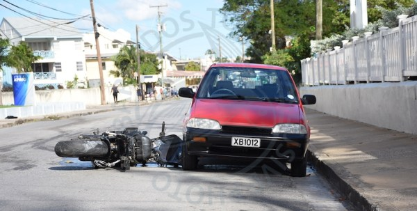 A motorcyclist lost his life along Hastings Main Road this afternoon.