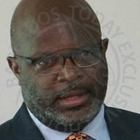 Former AG to Marshall: Resign