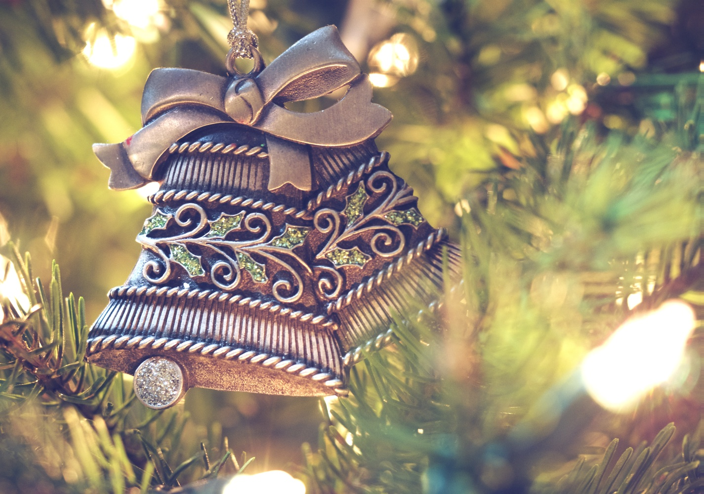 7 Things to Do Now to Prepare for a Stress-Free and Enjoyable Holiday Season