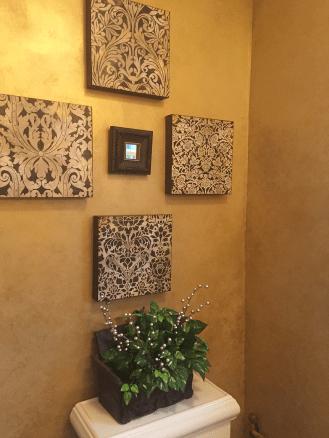 wall decor powder room