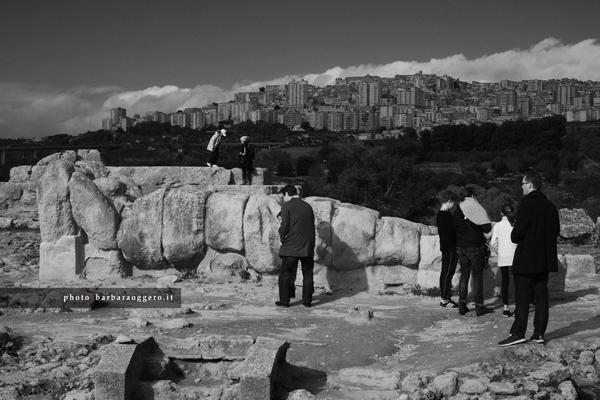 barbara oggero fotografia fotografa di storie street photography sicilia reportage bianco nero