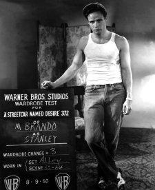 """Marlon Brando sul set di """"Un tram chiamato desiderio"""", 1950"""