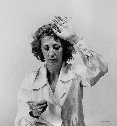 Helena Almeida - Desenho habitado (1975)
