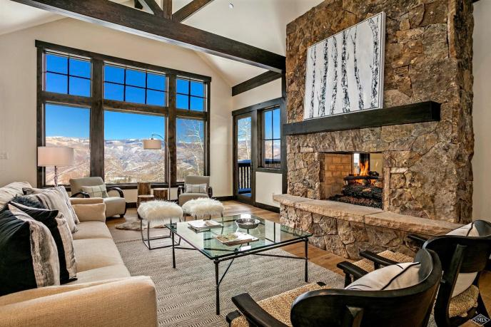 832 Forest Trail, Cordillera / SOLD $2,600,000 / 1.24.18 (Photo: LIV SIR)