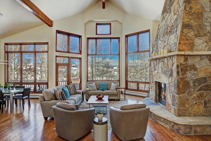 277 Saddle Ridge Road, Cordillera / SOLD $1,435,000 / 1.30.2020 (Seller & Buyer Represented) Photo: LIV SIR