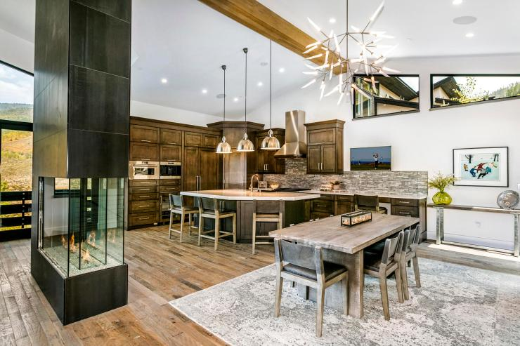 2794 Snowberry Drive, B, Vail / Sold $3,100,000 on 11.23.2020 / Seller Represented (Photo: LIV SIR)