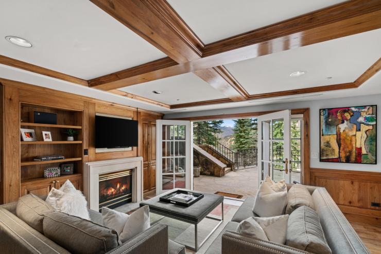 17 Chateau Lane #103, Beaver Creek / SOLD $1,400,000 on 5.20.21 / Seller Represented (Photo: LIV SIR)