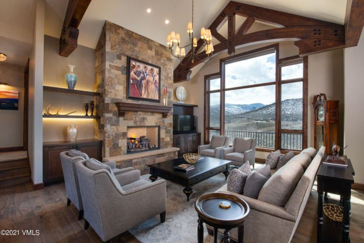 2727 E Haystacker, Eagle Ranch / Sold $2,570,000 on 8.26.21 / Buyer Represented (Photo: SSF)