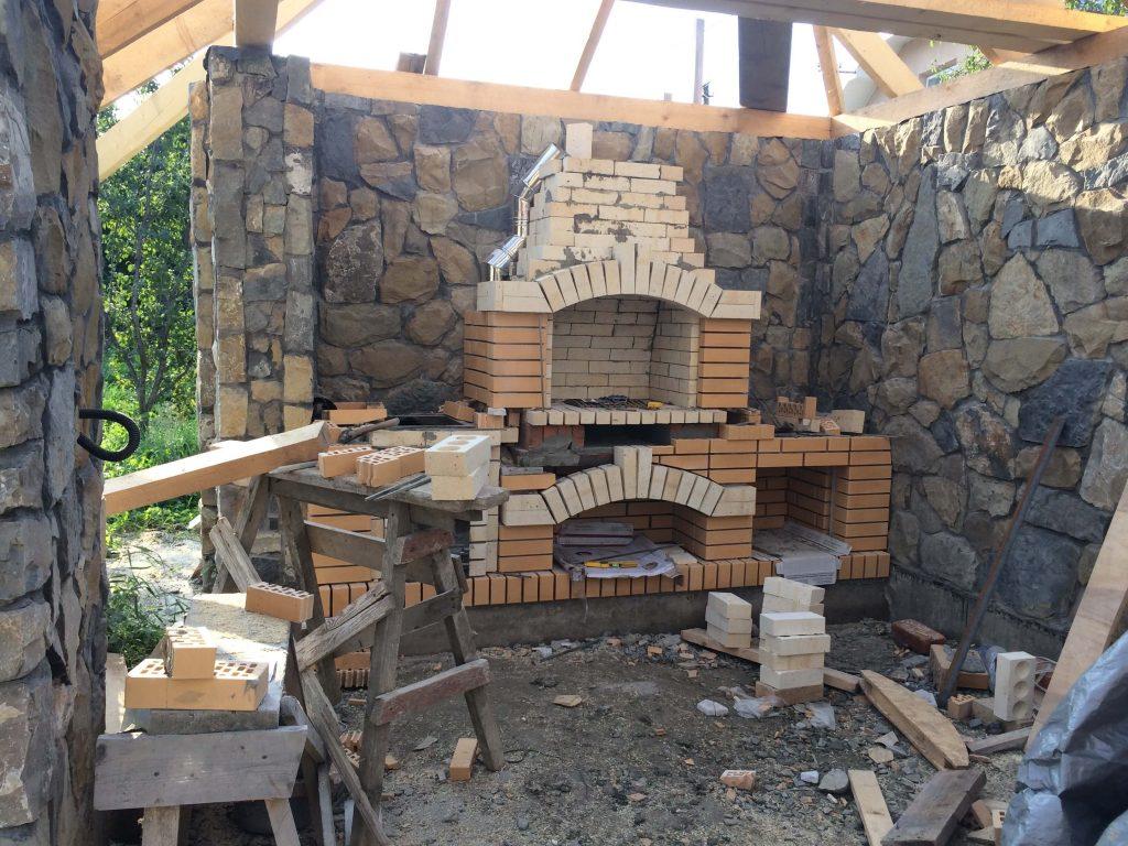 barbecues en briques refractaires et