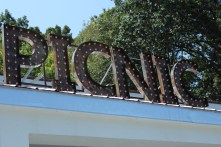 Another shot of Picnic sign